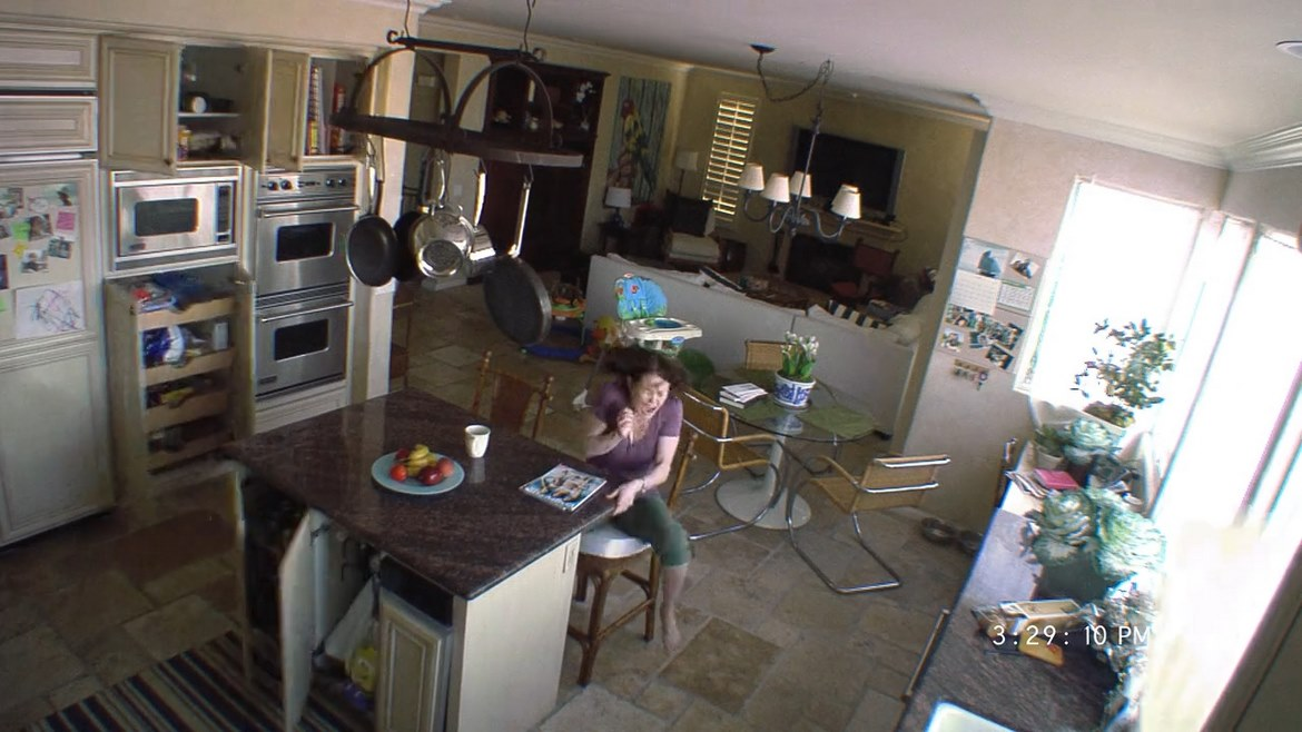 Read more about the article Paranormal Activity 2 (2010) – Electric bogaloo