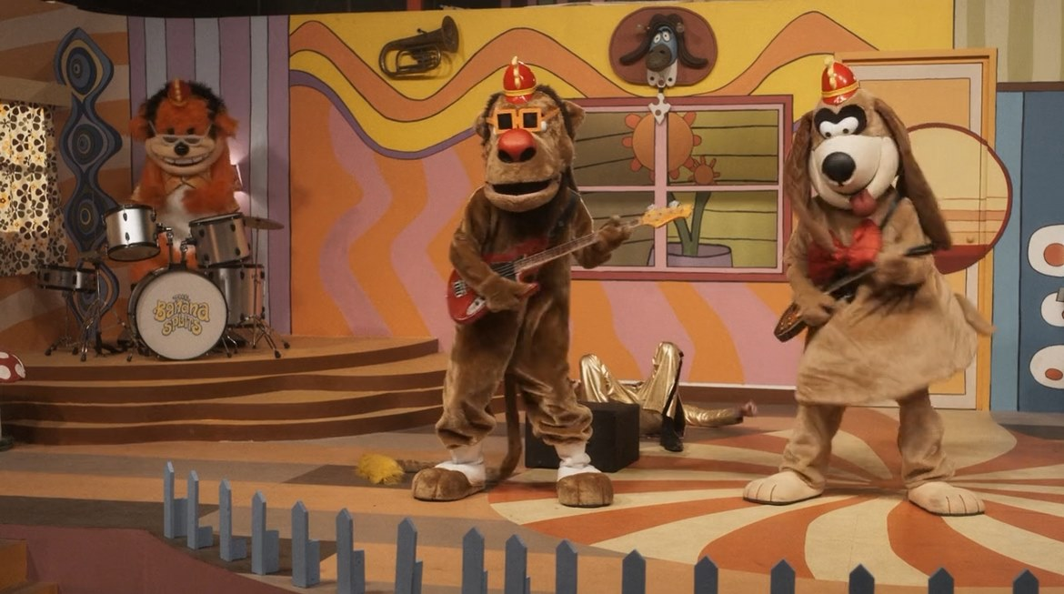 Read more about the article The Banana Splits (2019) – Mechanical revenge (Spoilers)